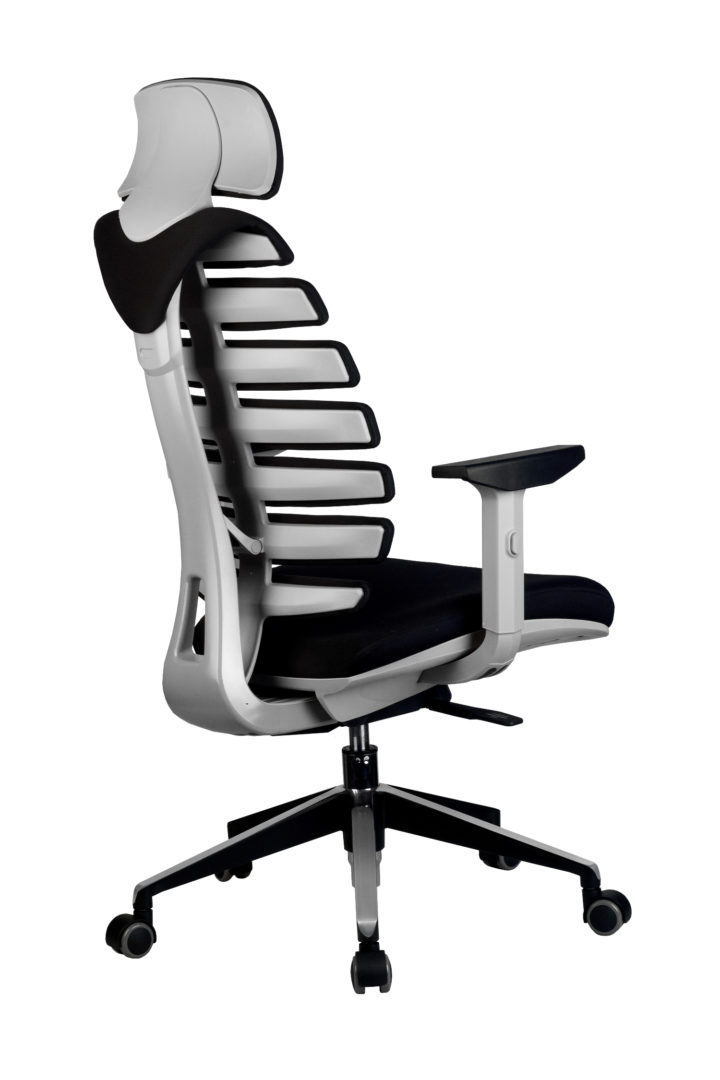 Кресло офисное SHARK серый пластик, ткань черное