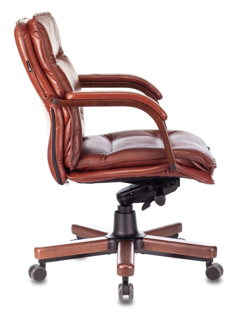 Кресло руководителя Бюрократ T-9927WALNUT-LOW низкая спинка светло-коричневый Leather Eichel кожа крестовина дерево
